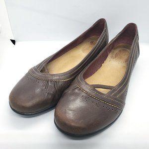Clarks Flats 9M Leather Slip On Round Toe 73293